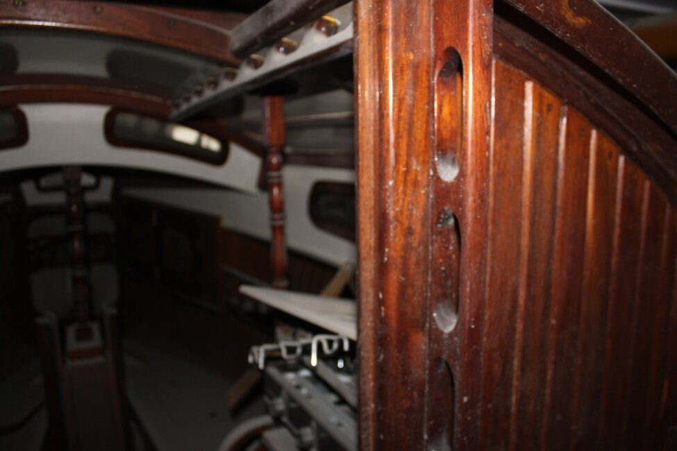 Barn Find Bilge Keelerfor sale Galley, to starboard -