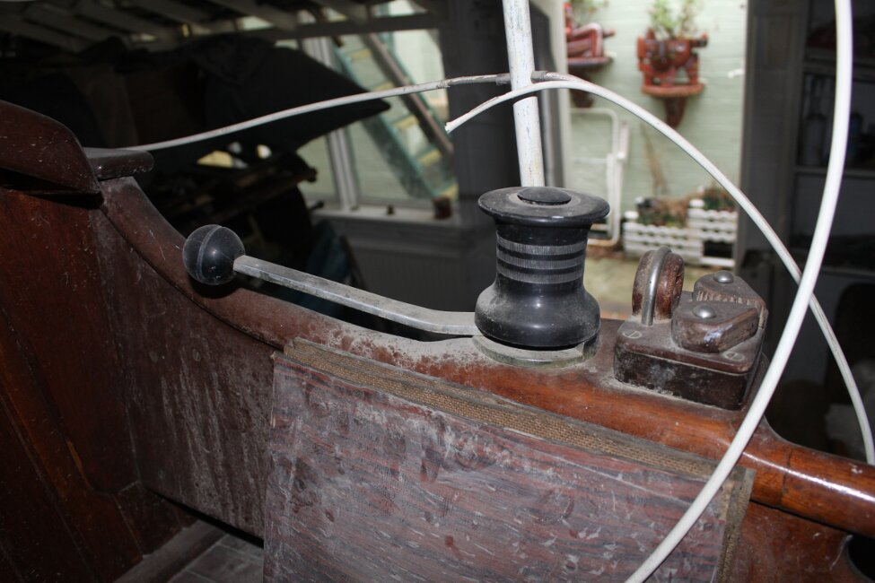 Barn Find Bilge Keelerfor sale Cockpit sheet winch -