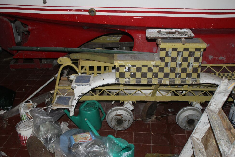 Barn Find Bilge Keelerfor sale Double wheeled trailer -