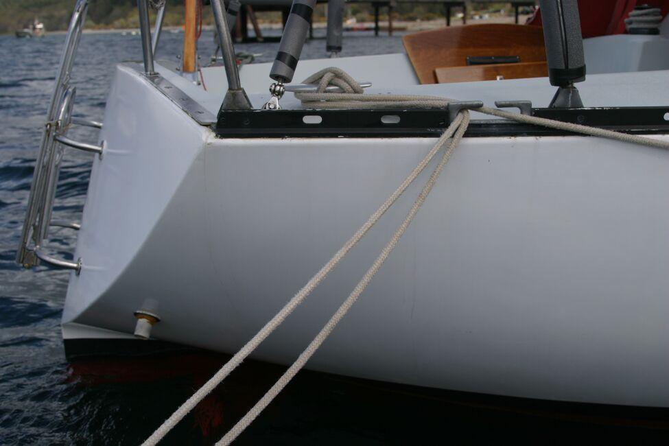 Thames Marine Everitt YCA 29 Stern, Starboard side