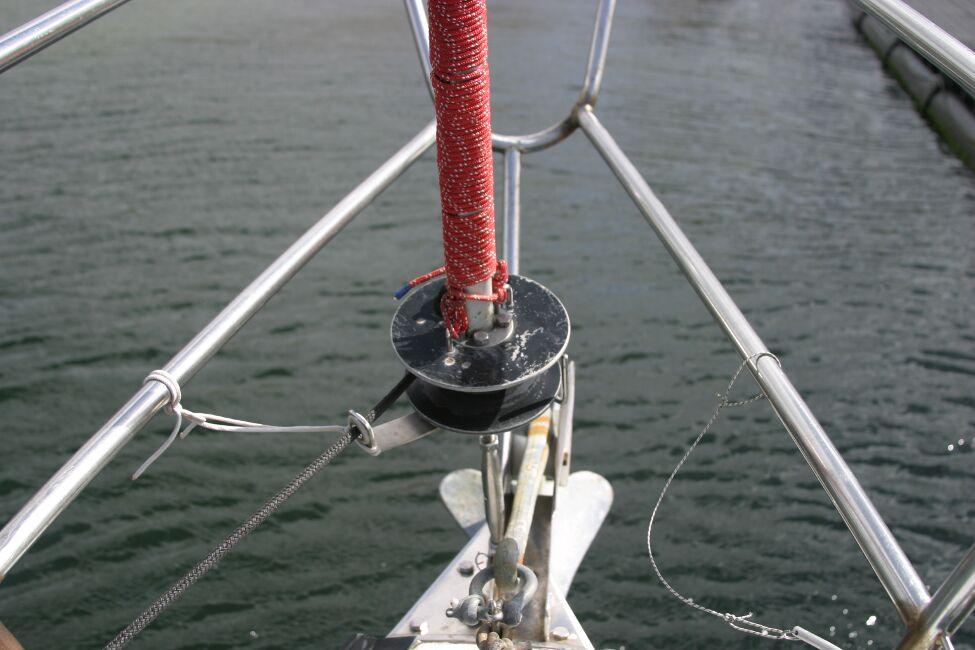 Thames Marine Everitt YCA 29 Roller reefing gear