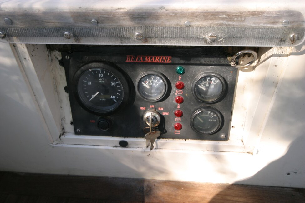 Nicholson 32 Mk Xfor sale Engine control panel -