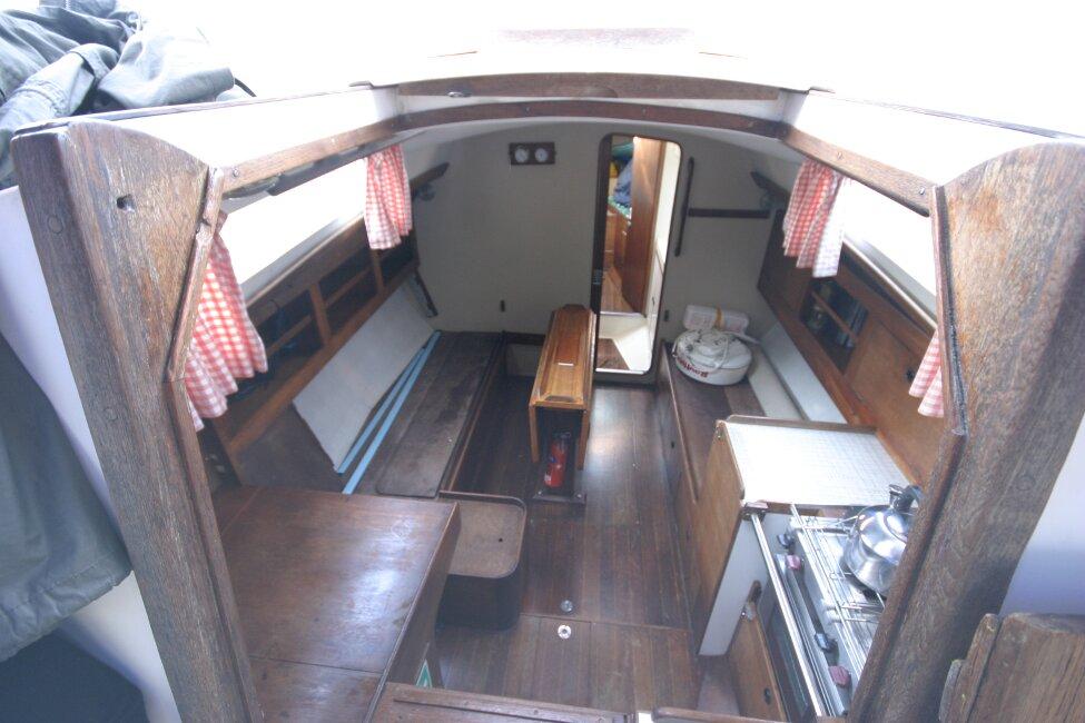 Nicholson 32 Mk X View into companionway
