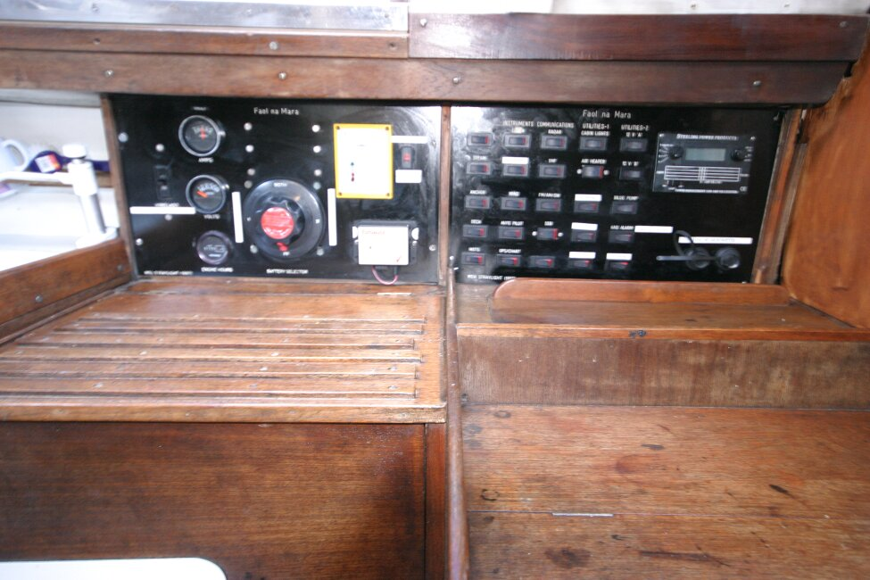 Nicholson 32 Mk Xfor sale Switch panel to port of companionway -