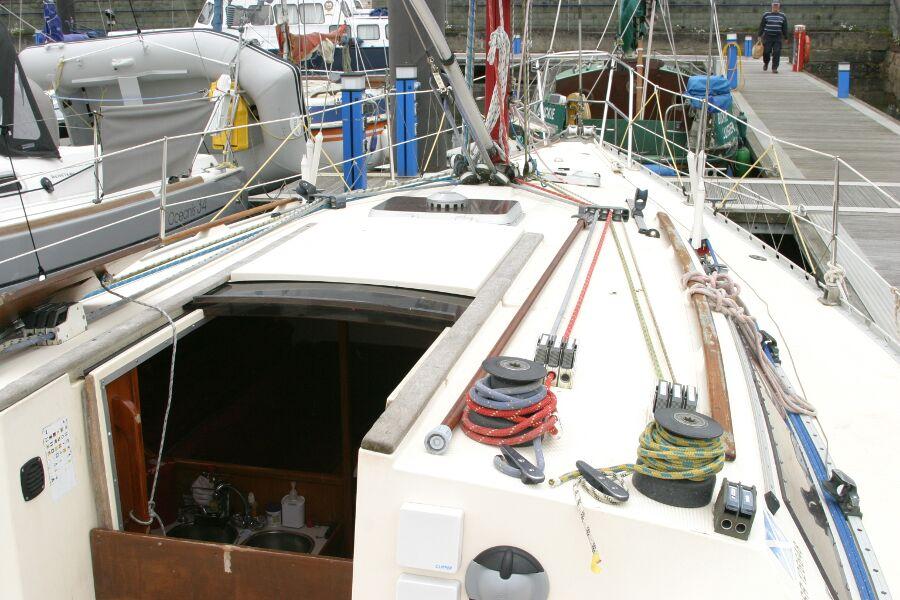 Jeanneau SunShine Regatta 38 Starboard