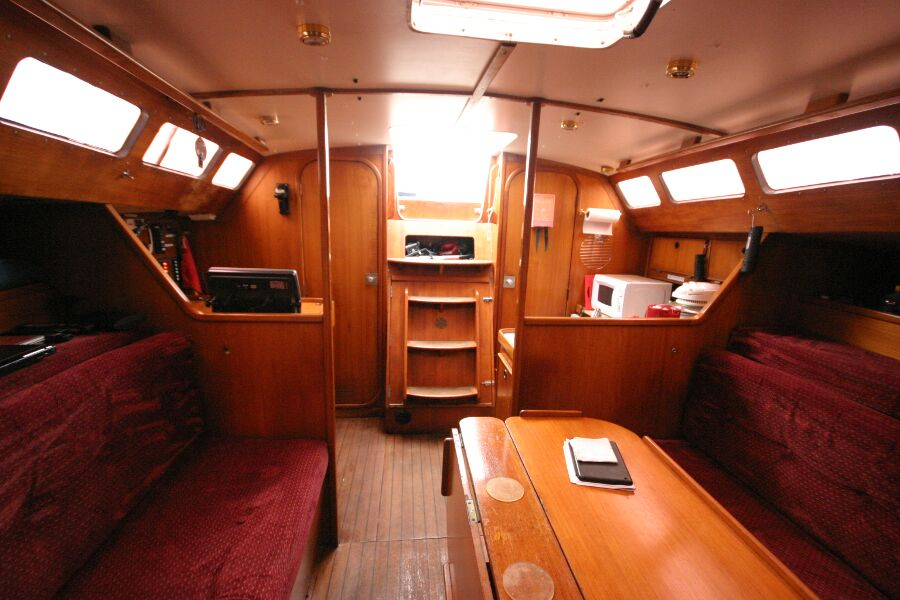 Jeanneau SunShine Regatta 38 Saloon from Forward