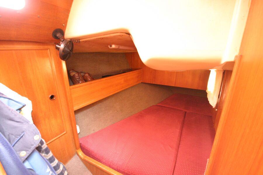 Jeanneau SunShine Regatta 38 Starboard Aft Cabin