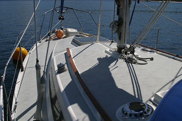 Moody 30for sale View forward from sprayhood -