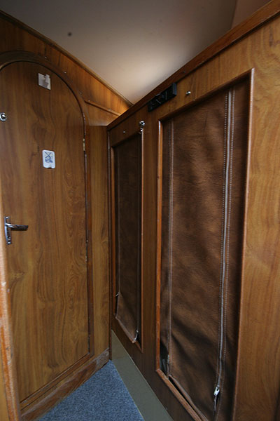 Moody 30for sale Storage opposite the heads -