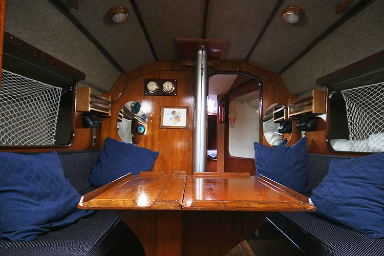 Bolero 35 The saloon