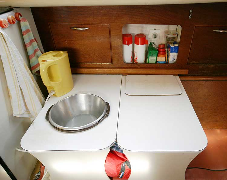 Van de Stadt Pioneer 9for sale Basin -