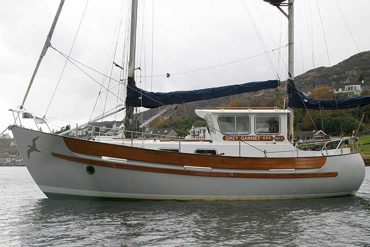 Fisher 30 Ketch - NOT FOR SALE, details for information only