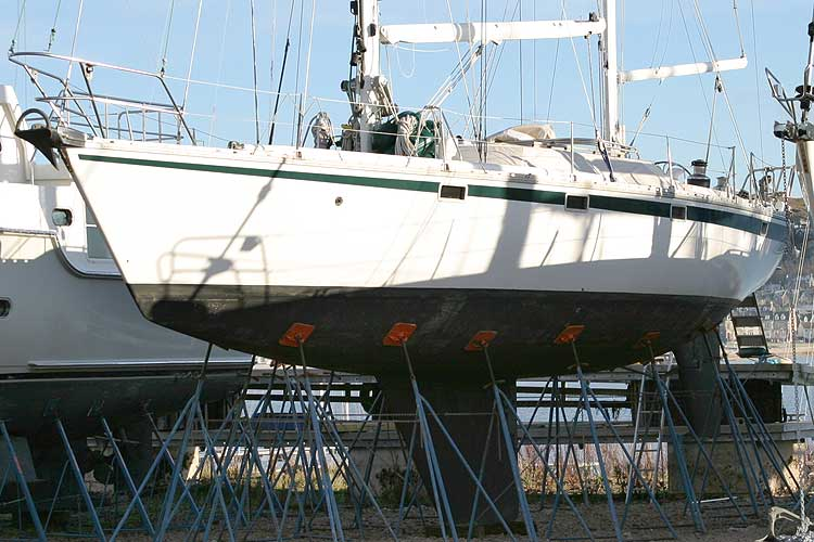 Jeanneau Trinidad 48 Ketchfor sale Out of the water - port side