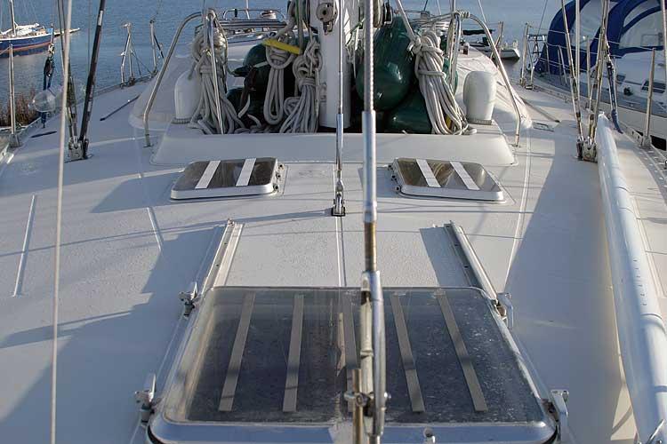 Jeanneau Trinidad 48 Ketch Deck