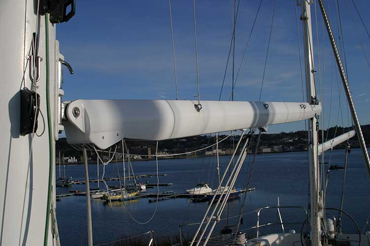 Jeanneau Trinidad 48 Ketchfor sale Main and mizzen booms -