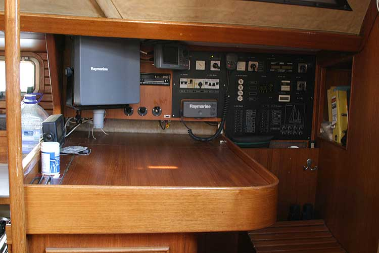 Jeanneau Trinidad 48 Ketchfor sale Nav station - close up