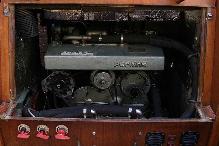 Jeanneau Trinidad 48 Ketch Engine