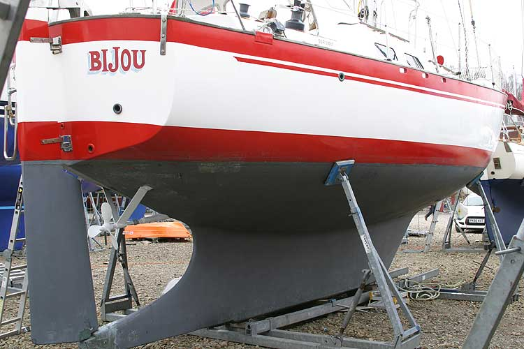 Vancouver 32 Starboard side, aft