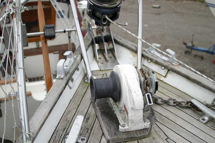 Vancouver 32for sale Anchor windlass -