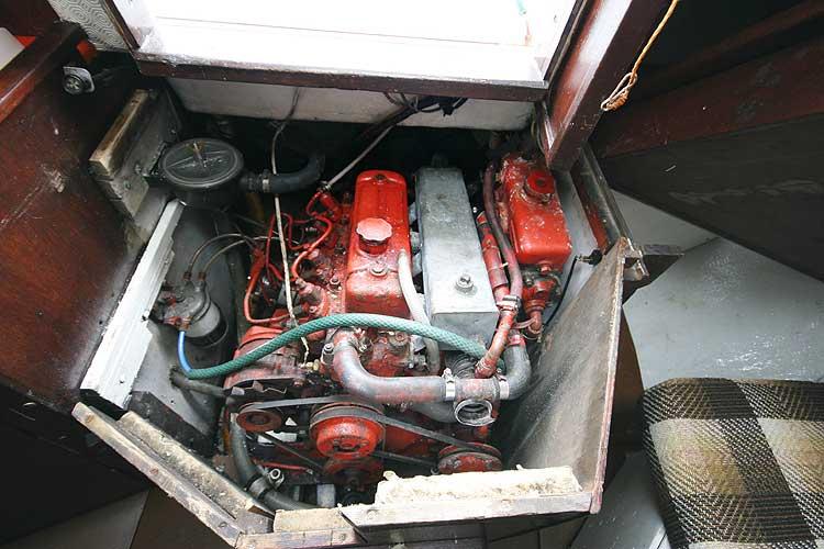 Colvic Sailor The engine